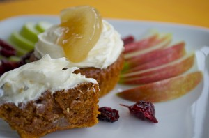 Sticky Apple Pudding Cupcakes